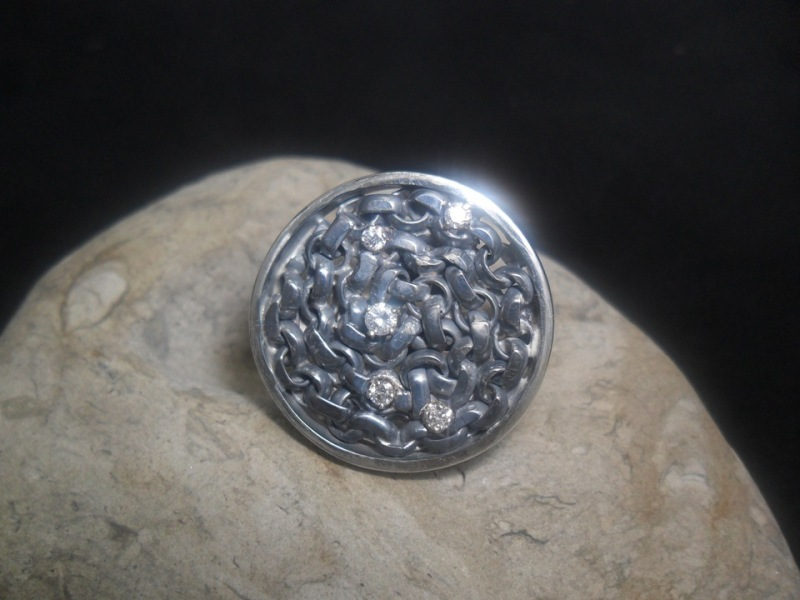 Bague en argent et en or 14K sertie de 5 diamants. Pièce unique.